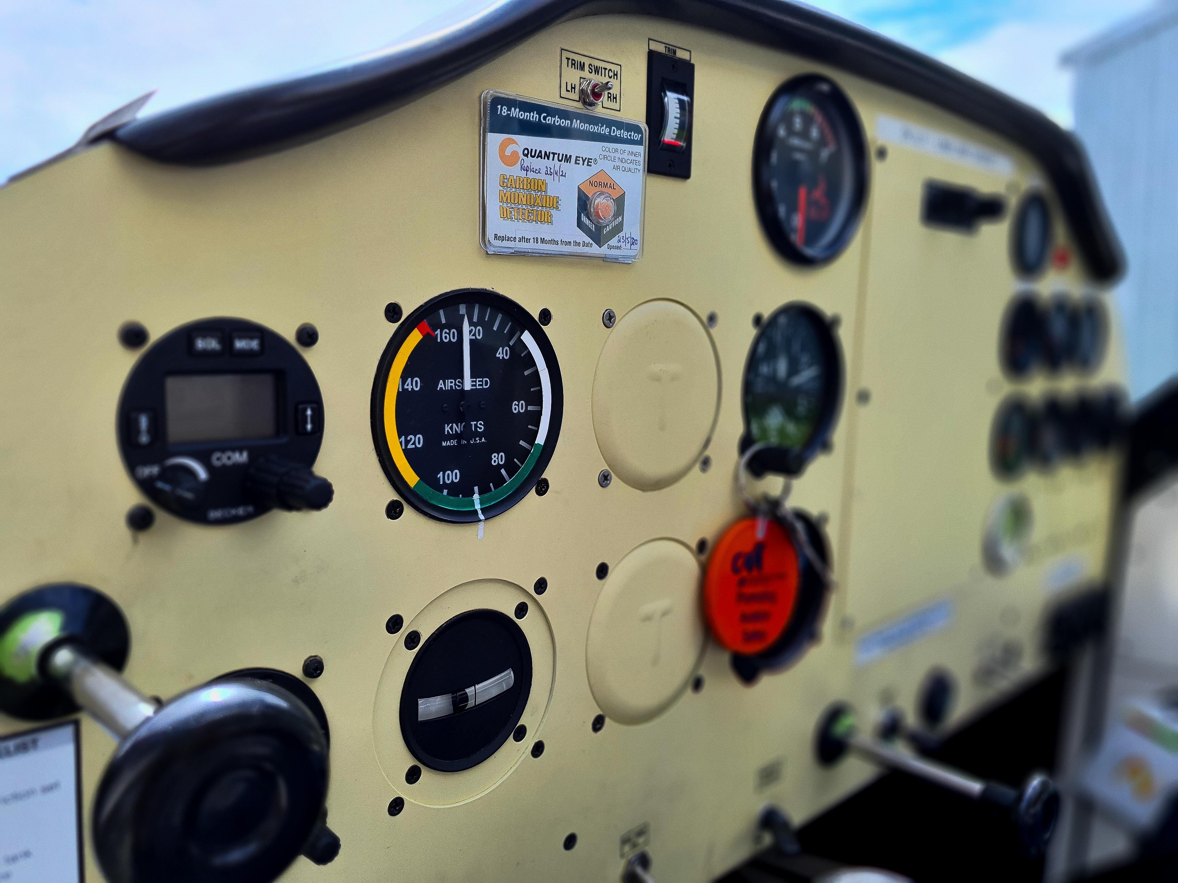 LLY Airspeed Indicator